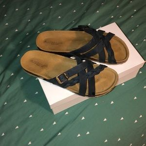 A. Giannetti Sandals 👡